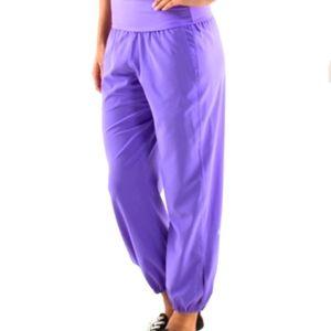 Lululemon OM Pant, power purple sz 6